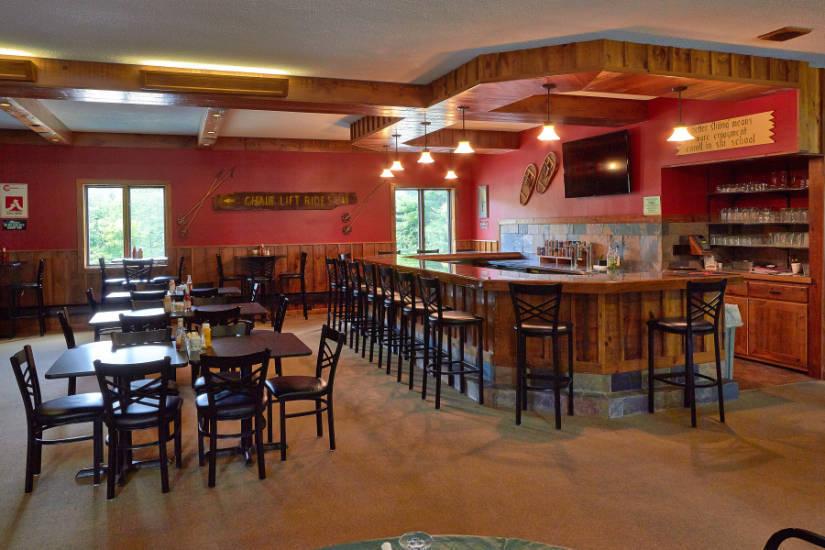Beatie's Bar & Grill @ Caberfae