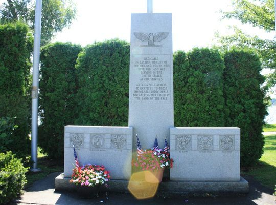 Monument – Veterans Monument @ Naval Reserve